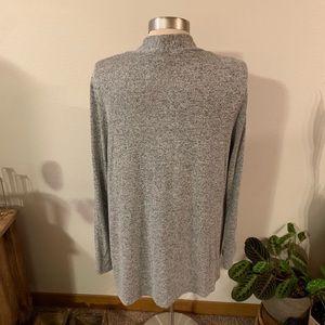 c'est la vie Sweaters - NWOT gray sweater with floral patch
